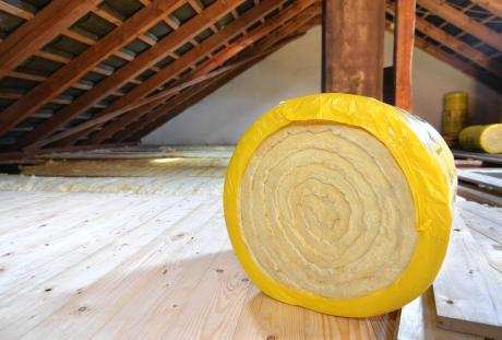 Green Homes Illinois, Roll of insulation in attic, IL